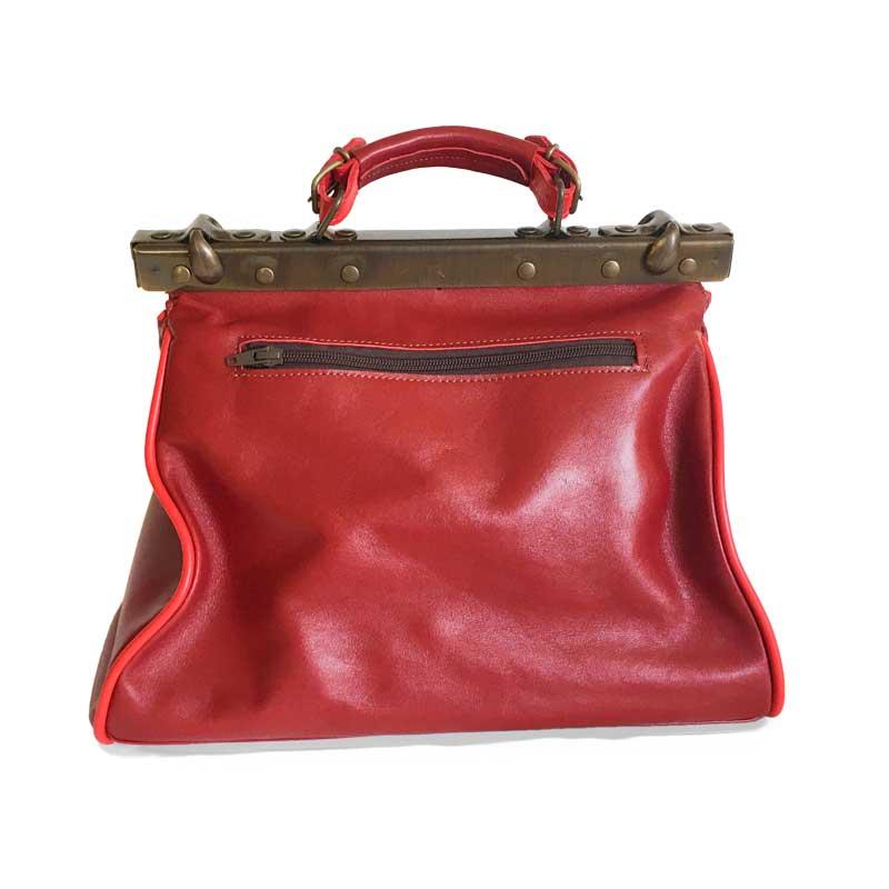 photo de dos du sac en cuir Mary poppins rouge