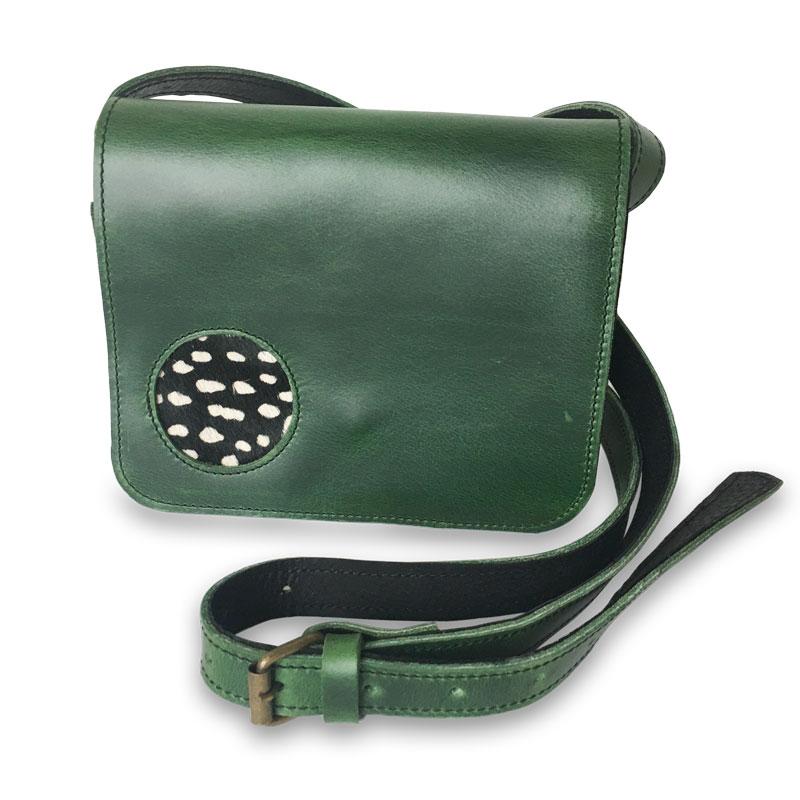 Illustration de la petite sacoche femme Catimini verte