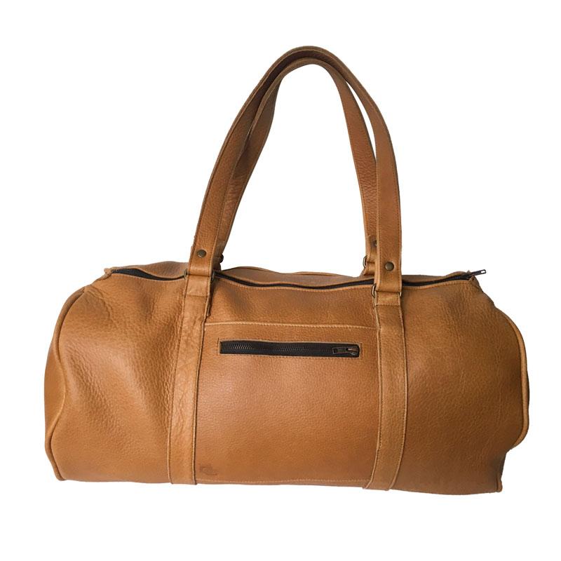 Présentation du sac de voyage homme en cuir camel